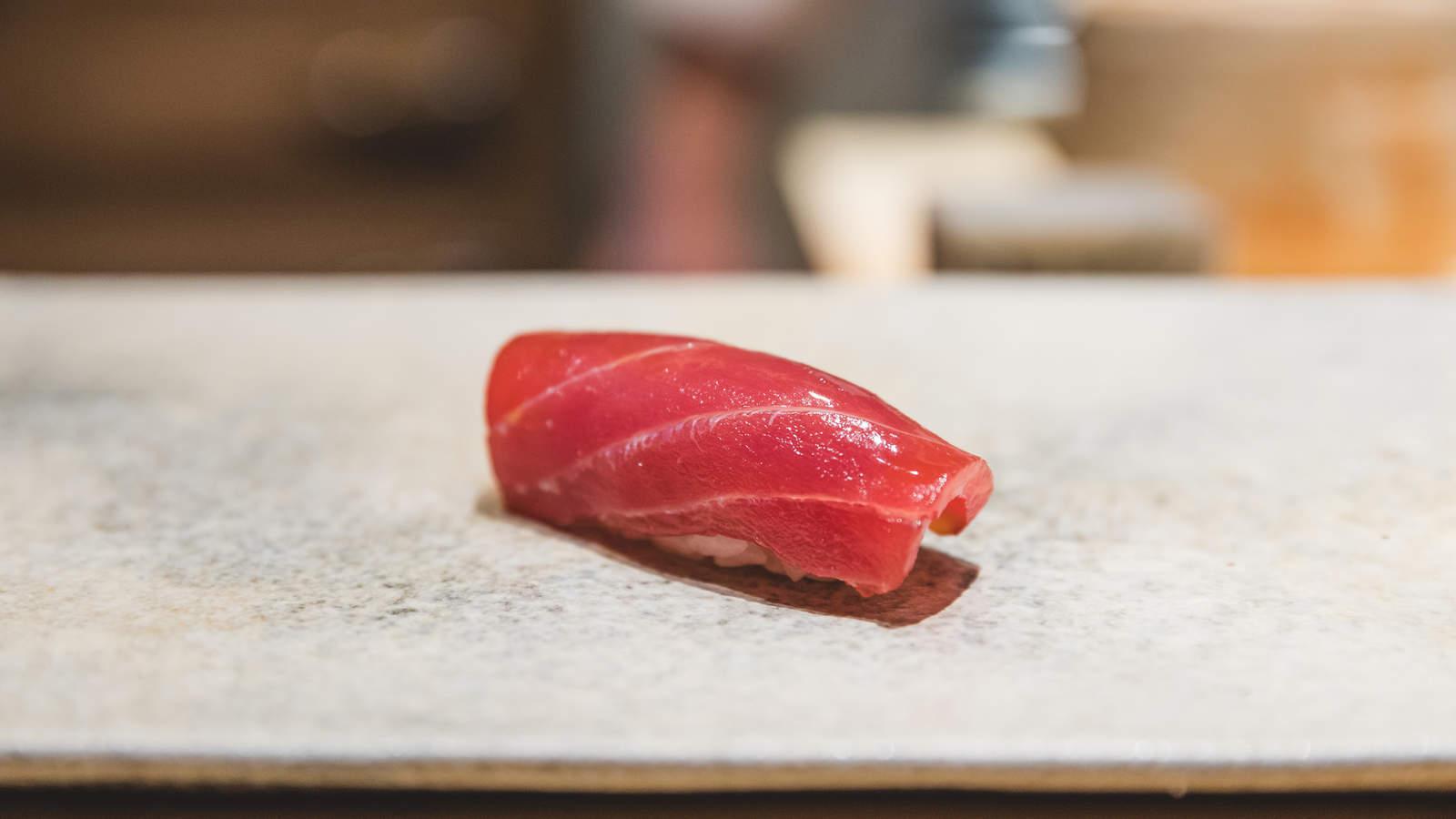 Maguro Sushi, 赤身 (Lean Tuna)